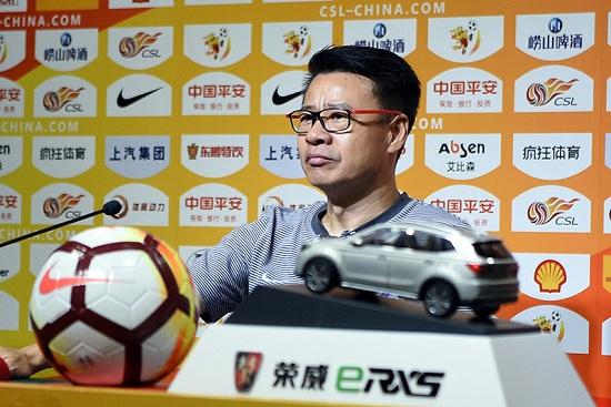 吴金贵:丢球与后腰球员无关 很满意年轻队员表现